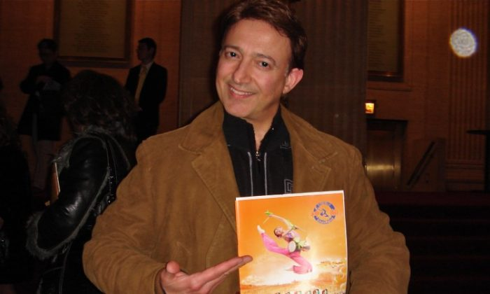 Dr. James Lago attends Shen Yun Performing Arts in Chicago's Civic Opera House. (Julia Song/The Epoch Times)