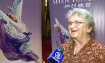 Former University Dean: I Feel Privileged Seeing Shen Yun