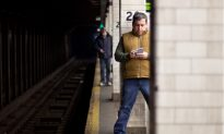 NYC Subway Deaths Spur Officials to Call for Action