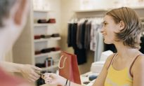 Businesses Welcome Clearer Rules on Credit Card Contracts