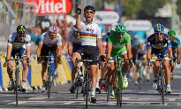 Cavendish Wins Tour de France Stage 20, Sky Teammates Wiggins, Froome 1–2 Overall