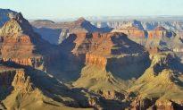 Man Drives Into Grand Canyon and Survives