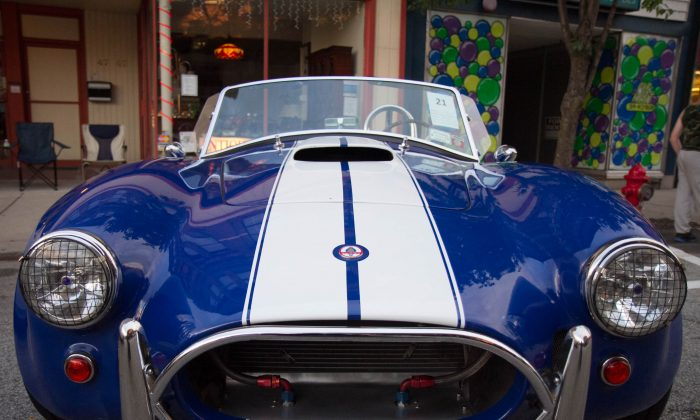 The front of a 1967 Shelby Cobra replica at the Port Jervis, N.Y. CruzinPort on July 21, 2015. (Holly Kellum/Epoch Times)