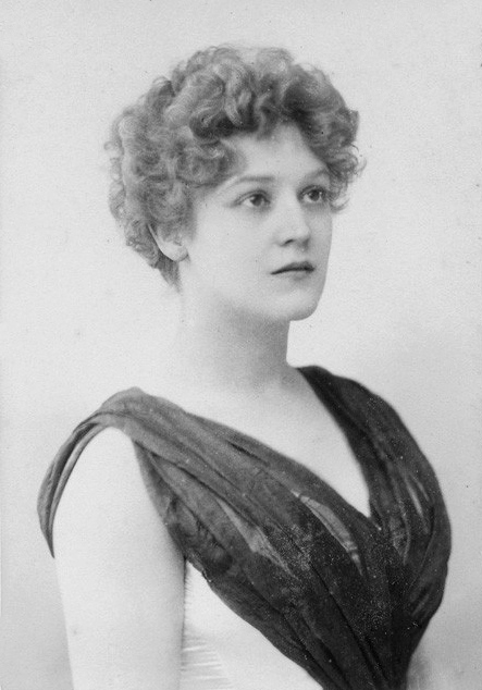 Dorothy Dene, actress and artist model, born Ada Alice Pullan. (Wikimedia Commons)