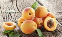 8 Healthy Reasons to Love Fresh Apricots