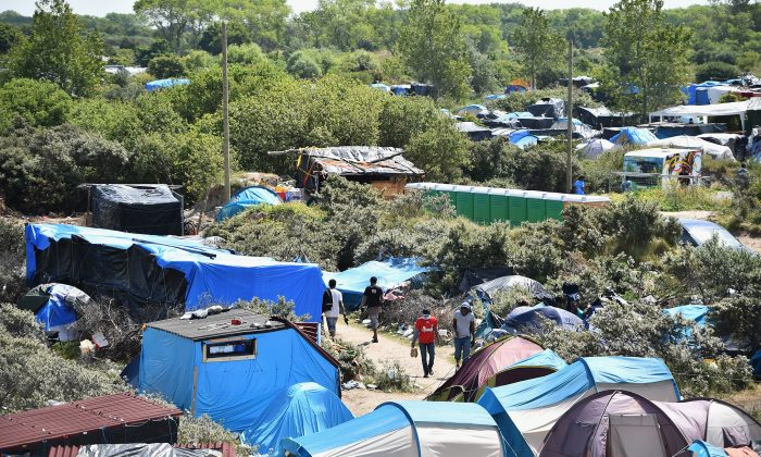 Migrants in a make shift camp known as the 'New Jungle,' in Calais, France, on June 25, 2015. (Jeff J. Mitchell/Getty Images)