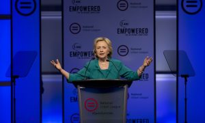 In Swing State Florida, Clinton Calls for Cuba Embargo's End