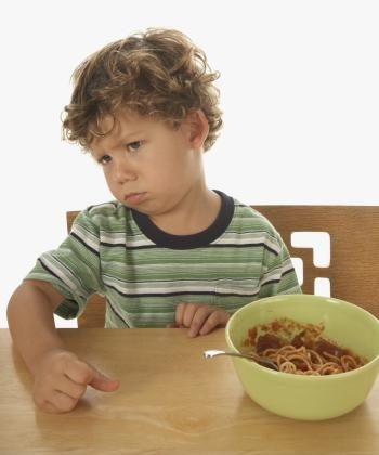Nutritionists are telling us that we can raise our children to have healthy appetites. (Photos.com)