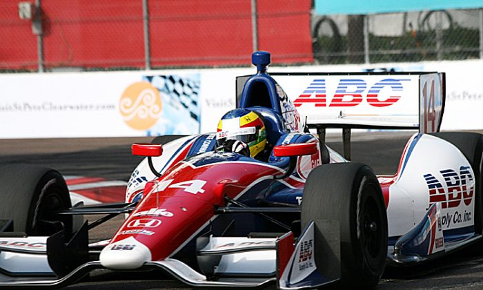 Mike Conway, in the #14 ABC Supply/A.J.Foyt Dallara-Honda, was quickest in final practice. (James Fish/The Epoch Times)