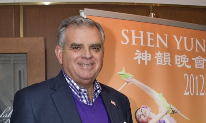 Ray LaHood, secretary of the U.S. Department of Transportation, attends Shen Yun at the Kennedy Center Opera House in Washington D.C. Sunday March 25. (Lisa Fan/The Epoch TImes)
