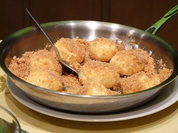 Light and gentle dumplings  (Nadia Ghattas/The Epoch Times)
