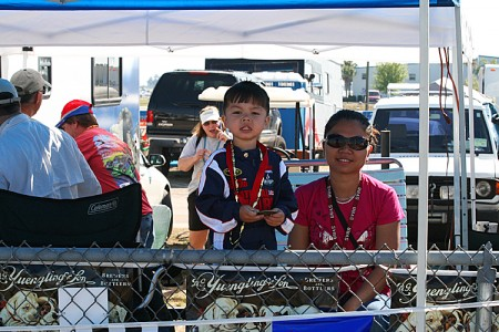 Young fans enjoy the racing. (James Fish/The Epoch Times)