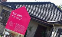Housing Bubble Debate Shows No Sign of Popping
