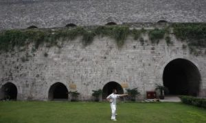 Kung Fu Master Demonstrates Legendary Technique