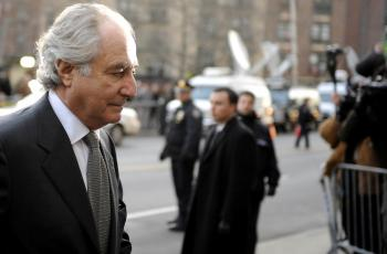 FRAUDSTER: In this file photo dated March 2009, Bernard Madoff is seen at a federal court in Manhattan in New York City.  (Stephen Chernin/Getty Images)