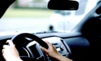 One Quarter of Canadians Drive While Intoxicated, Poll Finds