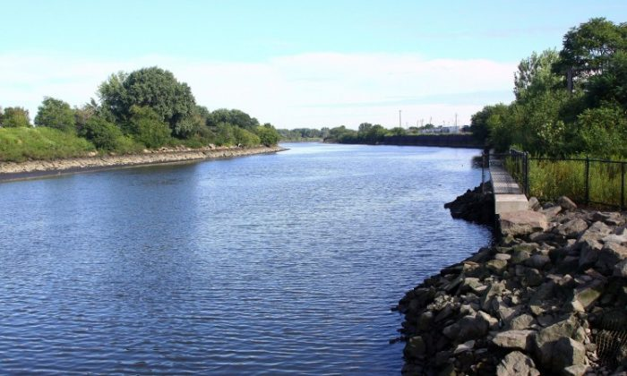A general view of the Hunts Point Riverside Park as seen on September 3, 2009 in New York City. (Astrid Stawiarz/Getty Images)