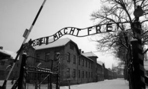 Auschwitz Sign Theft Commissioned by Collectors, Police Say