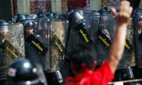 Thai Military and Red Shirts Clash