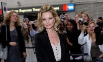 Kate Moss Gets Into Jam