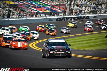 Ryan Ellis leads the field at the start of the Continetal Tire Grand Am 200. (Courtesy APR Motorsports)