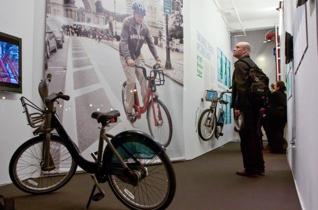 The public has had opportunities to see Bike Share stations at different places through presentations at different locations. Now, communities have a chance to get involved with Community Planning Workshops. (Amal Chen/The Epoch Times)