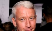 Anderson Cooper Honored by WWO