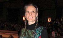 Tambourine Dance Teacher: Shen Yun 'Resurrection of beauty'