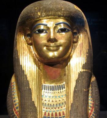 The golden mask of Tjuya (Tutankhamun's great-grandmother). (Kati Turcu/The Epoch Times)