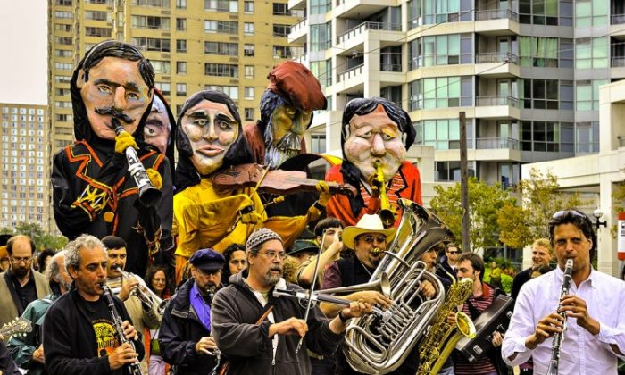 The Ashkenaz Parade attracts energetic attendees and exciting performers. The parade will take place on Monday, Sept. 3, at 4 p.m. (Courtesy of Harbourfront Centre)