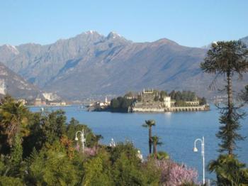 View of Isola Bella from Stresa (courtesy of Elke Backert)