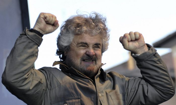 Beppe Grillo during an election meeting March 15, 2008 in Piazza Navona, central Rome. (Andreas Solaro/AFP/Getty Images)