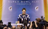 Patriots and Giants at the Mercy of the Super Bowl Media