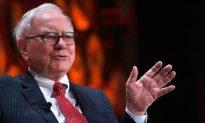 Warren Buffett Hires Hedge Funder to Join Berkshire
