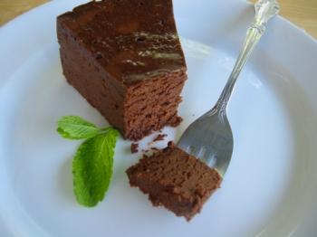 Rich, dense, delicious flourless chocolate torte. (Courtesy of Joepastry.web)
