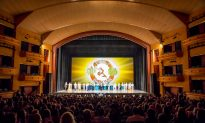 Missouri VIPs Deeply Touched by 'The elegance and beauty' of Shen Yun