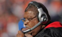Chiefs Name Romeo Crennel Head Coach