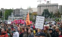 Thousands Gather for BC Pipeline Protest