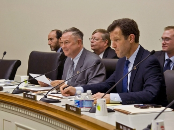 PROBING: Subcommittee on Oversight and Investigations chairman, Mr. Dana Rohrabacher (R-Calif.) (left) and ranking member Mr. Russ Carnahan (D-Mich.) ask questions of witnesses during a subcommittee hearing at the Rayburn Building in Washington on April 5. (Andrea Hayley/The Epoch Times)