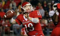 Late Field Goal Lifts Rutgers Over UConn in Big East Opener