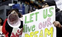 Local Immigrants Rally for DREAM Act