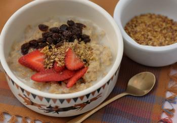 FLAXSEED: This nutritious seed can be eaten in a number of different ways, such as sprinkled on hot cereal or blended with smoothies.  (Cat Rooney/The Epoch Times)