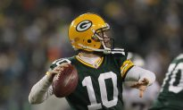 Seattle Signs Ex-Packers Quarterback Flynn for $26 Million