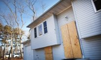 Foreclosures Set to Rise Again in 2012