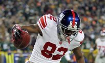 Giants Rip Listless Packers 37–20