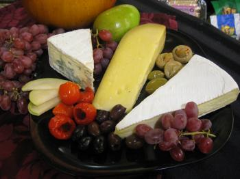 GOUDA: Gouda is a great cheese to add to any cheese tray. (Maureen Zebian/The Epoch Times)