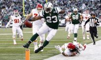 Jets Rip Punchless Chiefs 37–10
