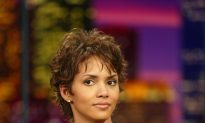 Halle Berry Dress on Leno: Notable Dresses in 'Tonight Show' History (Photos/Videos)