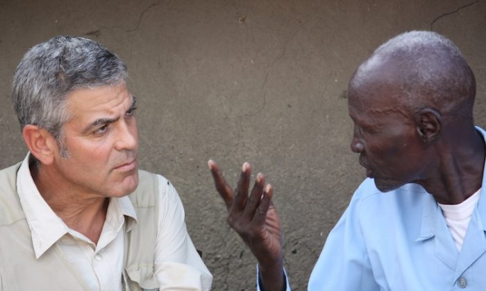 Actor George Clooney in South Kordofan, at the border between Sudan and South Sudan. Clooney went to the Nuba Mountains in the north to raise awareness on the humanitarian and security plight of the local Nuba people. (Courtesy by Enough Project)