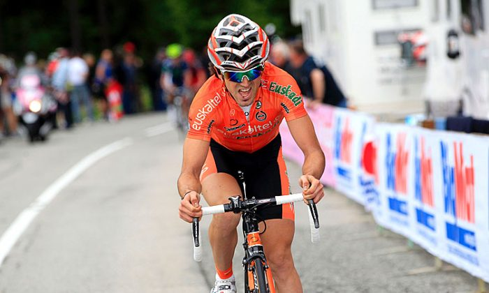 Euskaltel's Jon Izagirre dropped his pursuers halfway up the final climb to win Stage 16 of the Giro d'Italia. (Luk Benies/AFP/GettyImages)